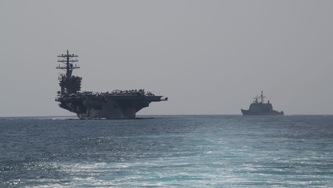 El portaviones estadounidense USS Nimitz entra en el golfo Pérsico