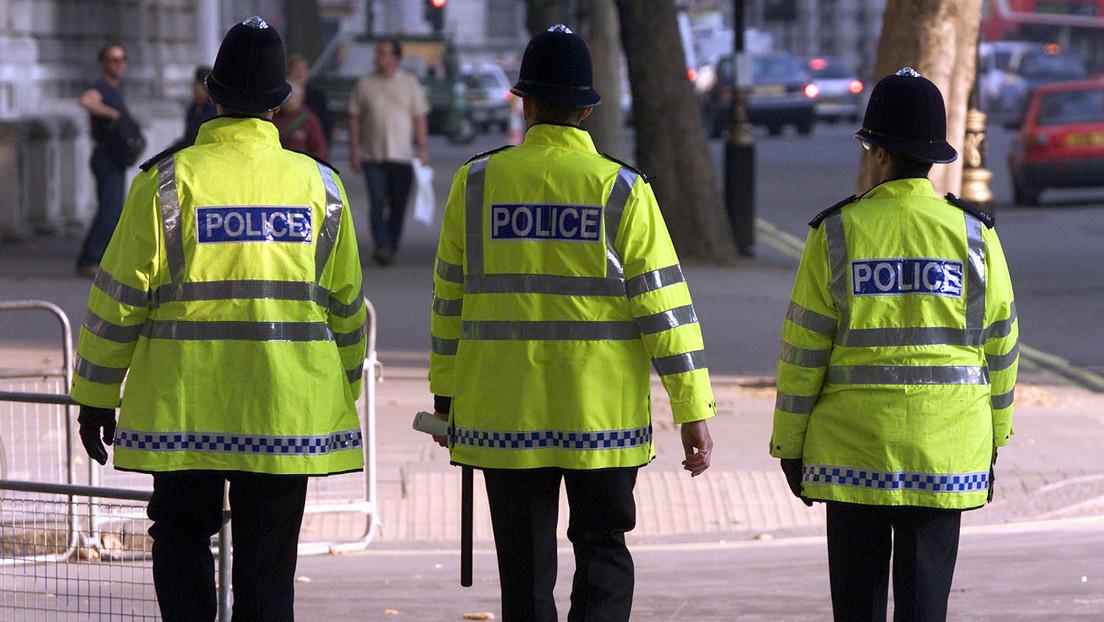 Un prisionero fugitivo intentó entregarse siete veces pero la Policía británica rechazó su pedido