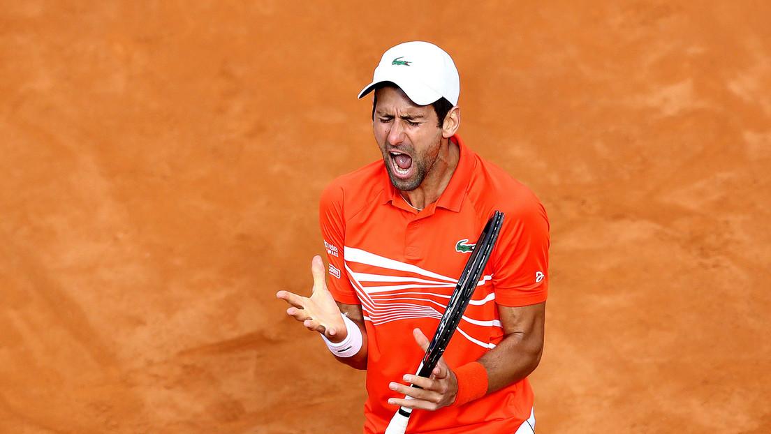 Djokovic vuelve a perder los estribos y rompe su raqueta en el Masters de Roma