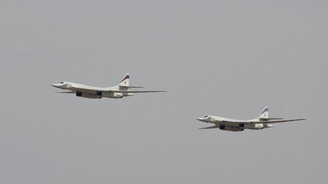 Dos bombarderos Tu-160 rusos establecen un récord mundial de distancia de vuelo