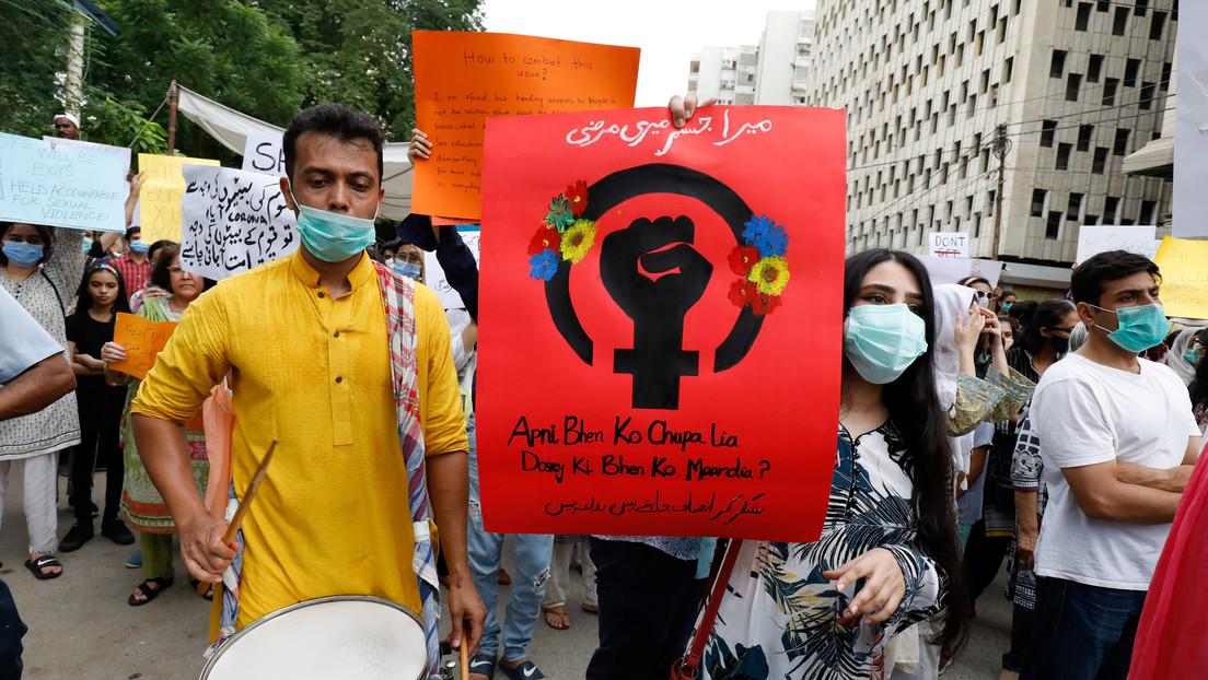Conmoción en Pakistán por la violación grupal de una mujer en presencia de su marido