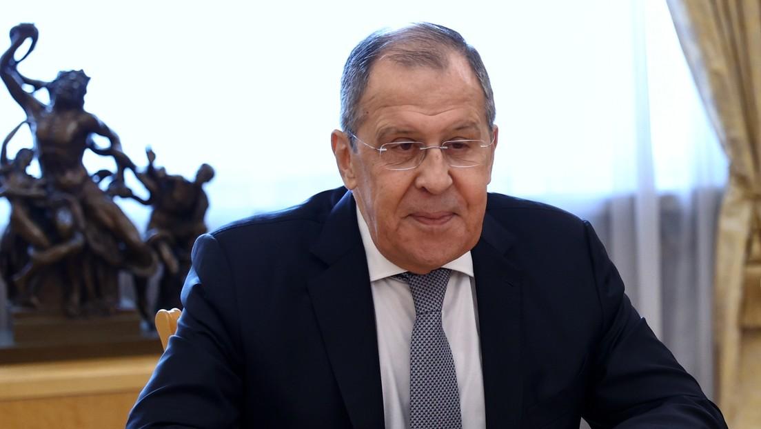 """Lavrov: """"No me sorprendería si EE.UU. amenaza con sanciones a todos los que cooperan con Irán, pero esto sería ilegal"""""""