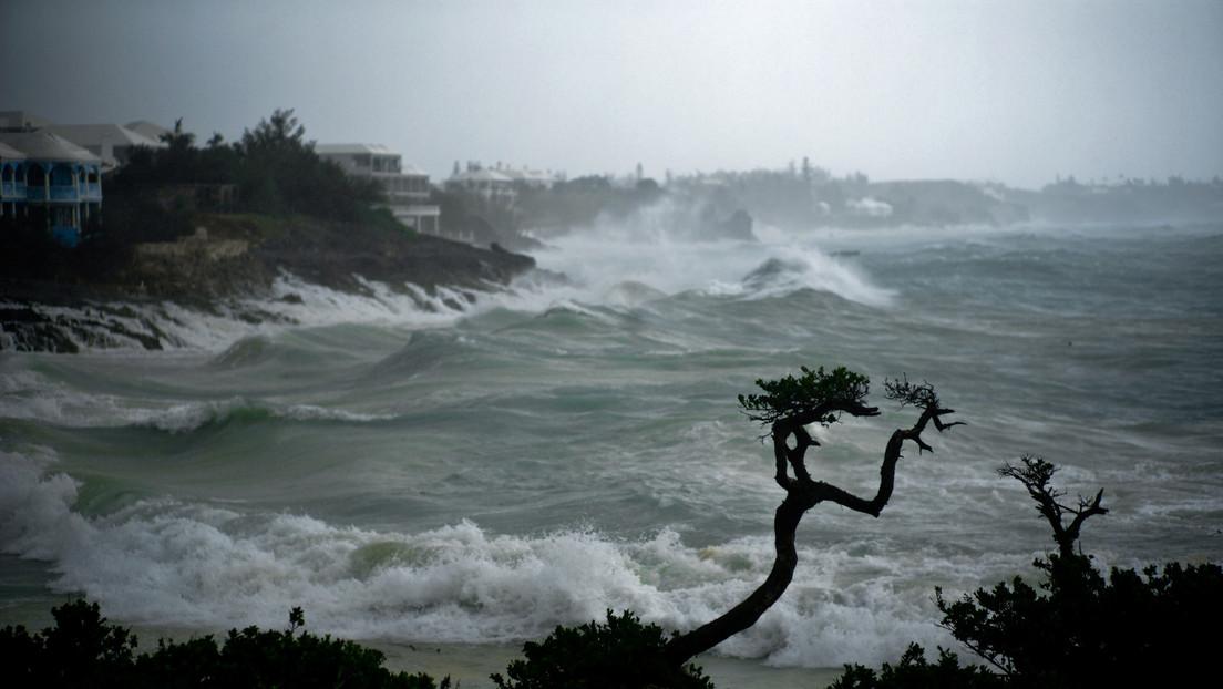 """El huracán Teddy llevará """"un peligro extremo"""" a la costa este de EE.UU. con olas de hasta 19 metros"""