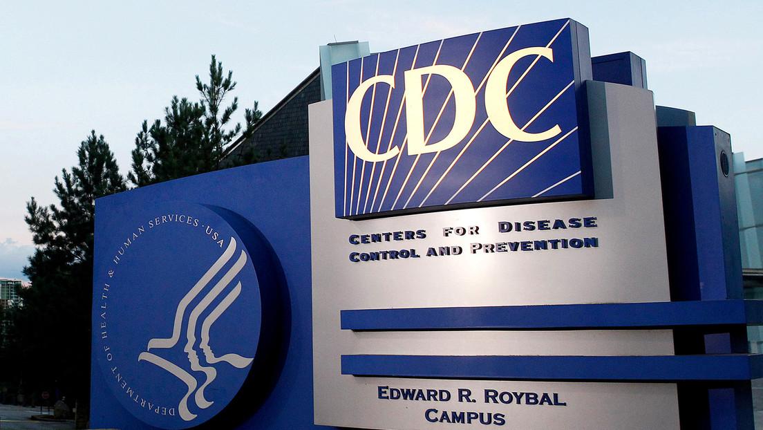 """Autoridades sanitarias de EE.UU. publican """"por error"""" información sobre la transmisión por aire del coronavirus y la eliminan días después"""