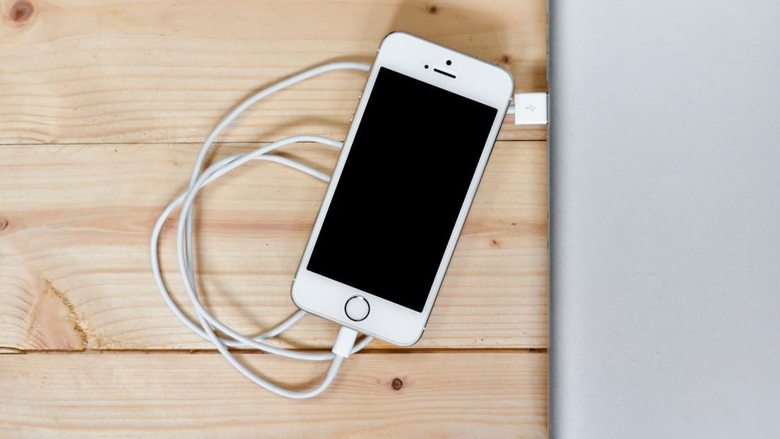 Revelan por qué no hay que usar un cargador ajeno de iPhone