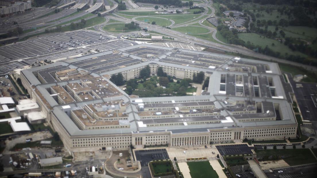 El Pentágono habría usado el dinero destinado a responder a la pandemia para comprar equipamiento militar