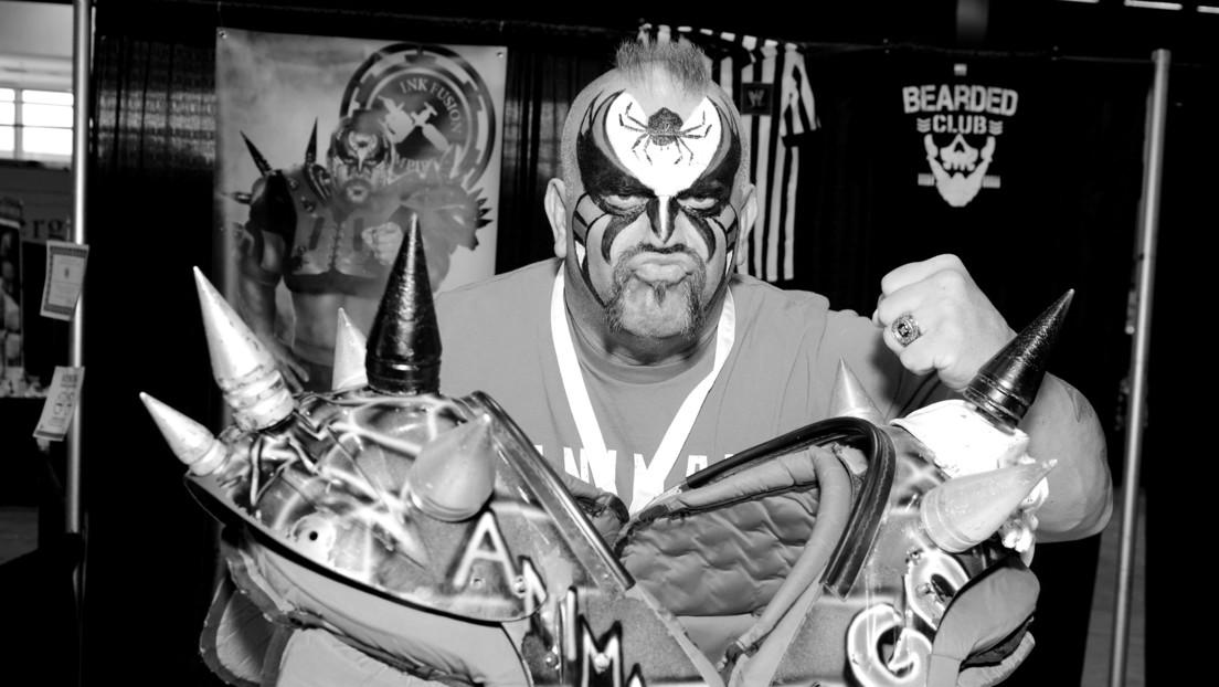 Fallece el luchador Road Warrior Animal, leyenda de la WWE, a los 60 años thumbnail