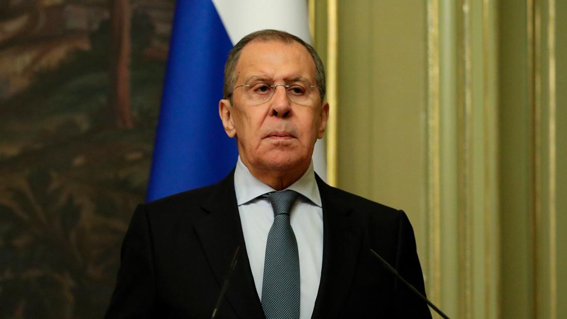 """Lavrov: """"Los intentos de EE.UU. de restaurar las sanciones de la ONU contra Irán no tienen ninguna perspectiva"""""""