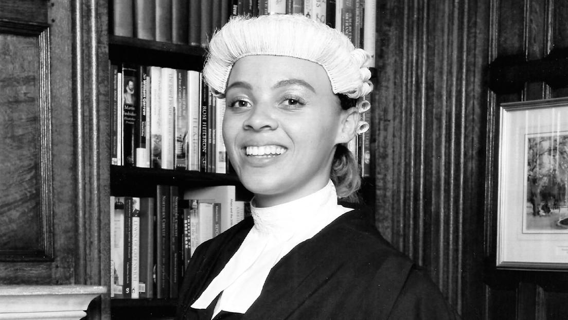 Una abogada negra es confundida con una acusada tres veces en un día en una corte de Reino Unido