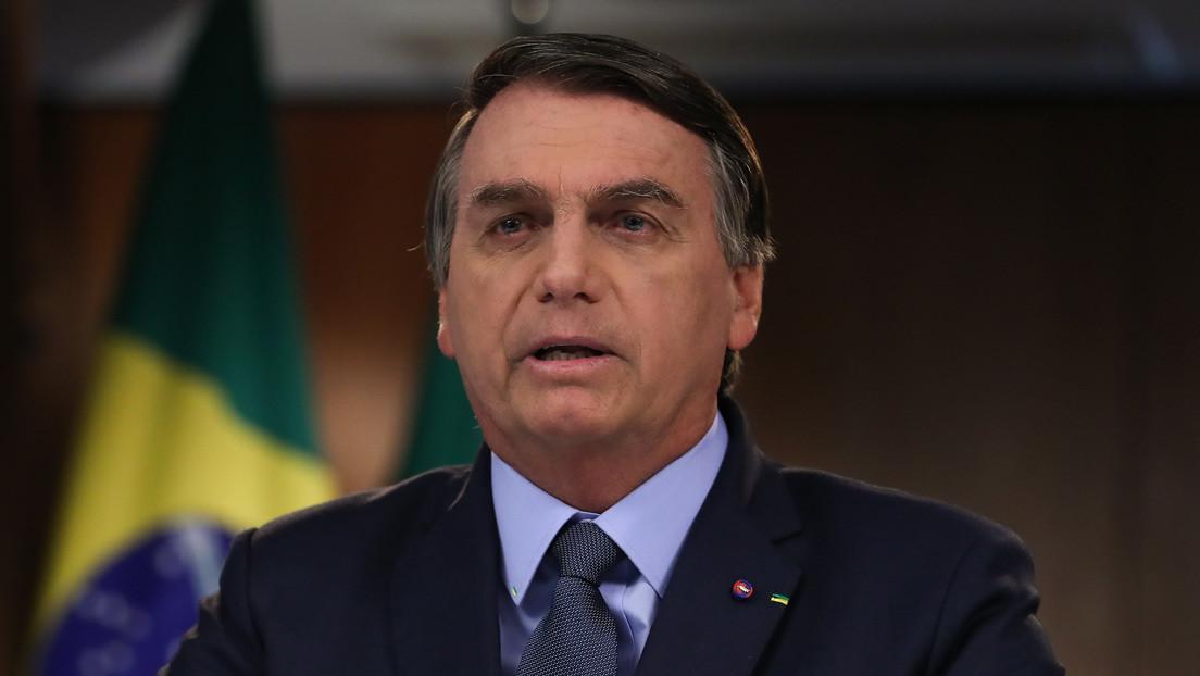 """Bolsonaro bromea con que la """"alta cúpula del poder en Brasilia"""" use mascarilla y se haya contagiado de covid-19"""