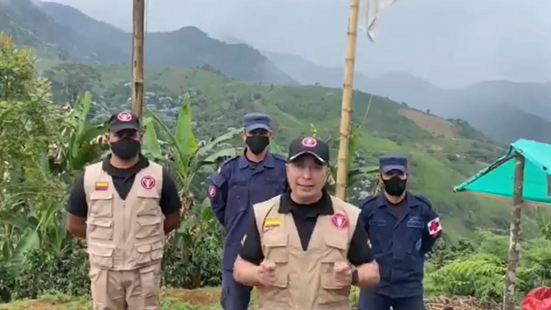 """""""Les vamos a respetar la vida"""": Disidentes de las FARC secuestran a una veintena de soldados desminadores en Colombia"""