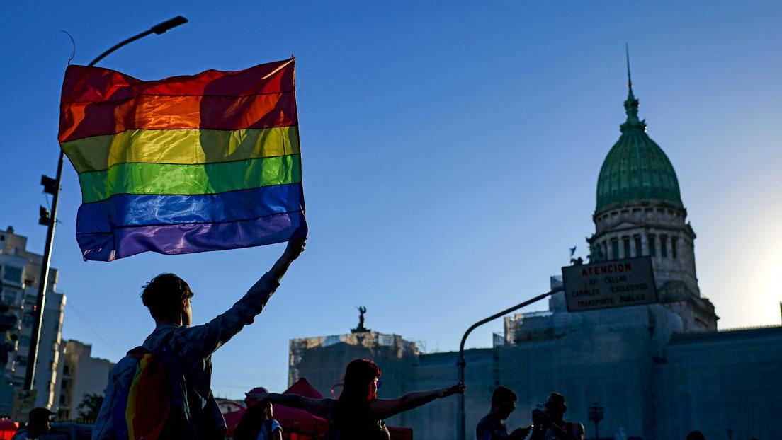 Argentina anuncia un salario mínimo para mujeres y personas LGBTI+ que sufran violencia de género