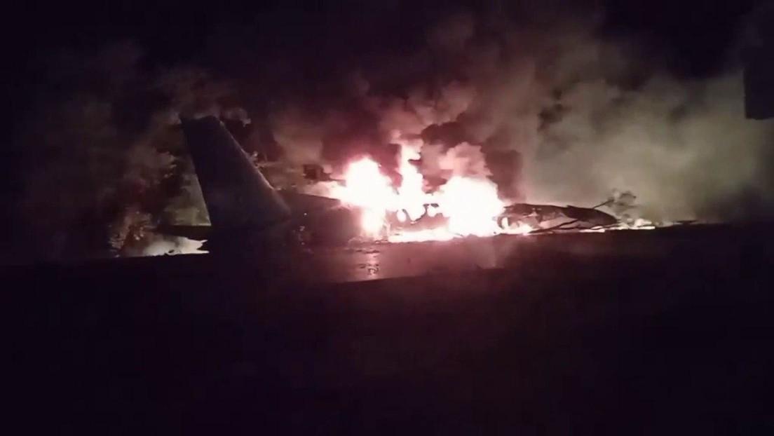 VIDEOS: Se estrella un avión en el noreste de Ucrania