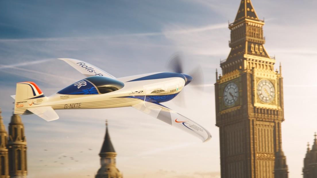Rolls-Royce alista los sistemas que impulsarán al avión eléctrico más rápido del mundo