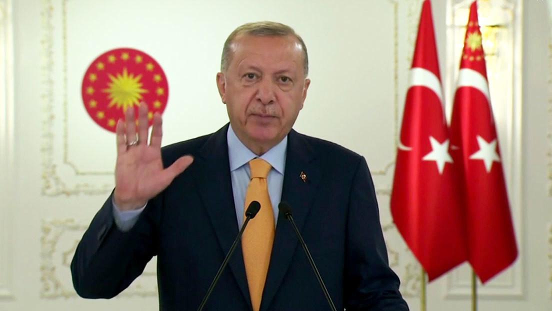 """Erdogan: Armenia debe retirarse inmediatamente de los """"territorios ocupados"""" en Azerbaiyán"""