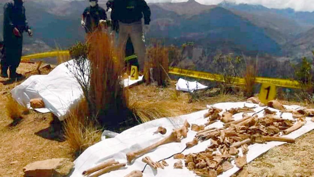 Encuentran cuatro fosas comunes con restos humanos al sur del departamento boliviano de La Paz