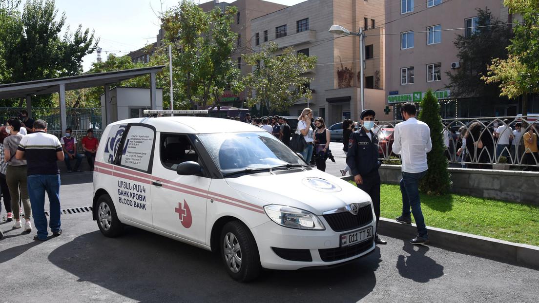 Azerbaiyán denuncia 10 muertes entre civiles y 30 heridos por ataques armenios en Nagorno Karabaj