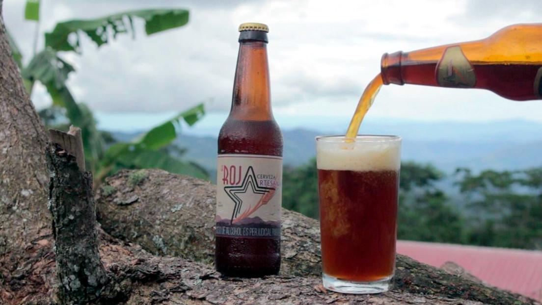 "La Roja, la cerveza de la ex guerrilla colombiana ""que sabe a paz"""
