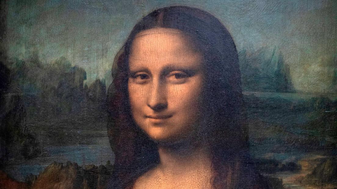 Descubren un boceto y detalles ocultos debajo de la pintura de la Mona Lisa