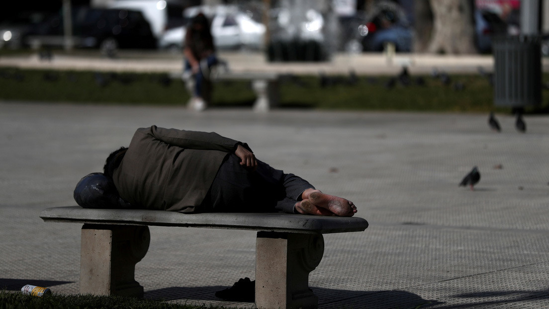 La pobreza en Argentina alcanza al 40,9 % de la población y la indigencia trepa al 10,5 %