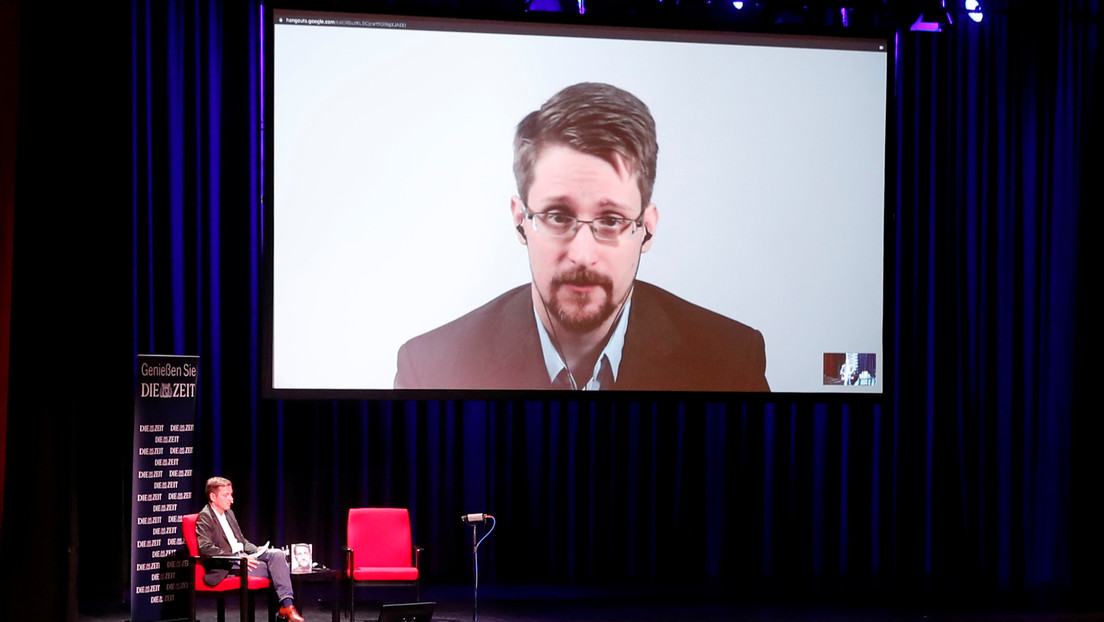 Un juez de EE.UU. ordena a Snowden que entregue al Gobierno las ganancias obtenidas por la venta de su libro