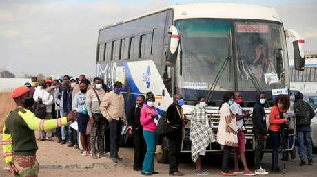El autobús de los contagios: un pasajero con coronavirus infecta a otros 23 durante un viaje