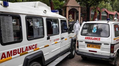 La India: El conductor de una ambulancia viola a una paciente con covid-19 cuando la llevaba al hospital