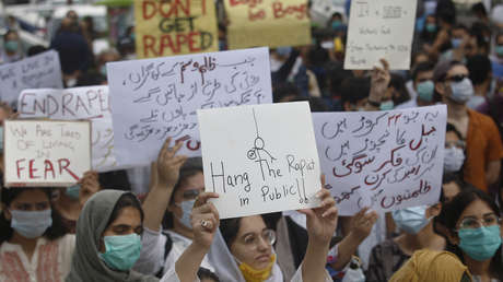 El primer ministro de Pakistán sugiere la castración química de delincuentes sexuales para evitar que reincidan
