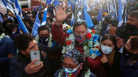 ¿Cuál es el escenario político en Bolivia tras la renuncia de Áñez a su candidatura y a un mes de las elecciones?