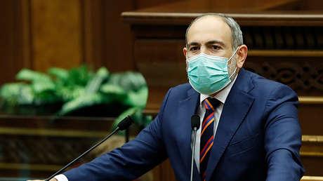 El primer ministro de Armenia denuncia que su pueblo afronta una amenaza existencial