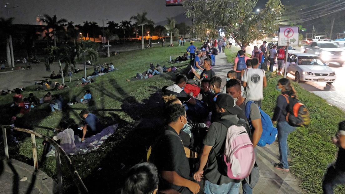 Una nueva caravana de migrantes hondureños se dirige a EE.UU. a pesar de la pandemia