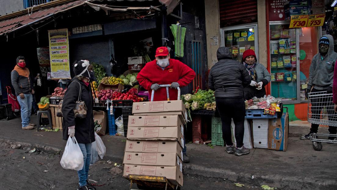 """""""Una de las mayores recesiones de la historia"""": la actividad económica de Chile cayó un 11,3% interanual en agosto"""