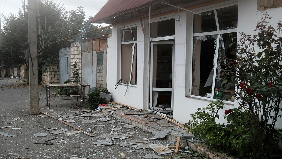 Azerbaiyán bombardea la capital de Nagorno Karabaj