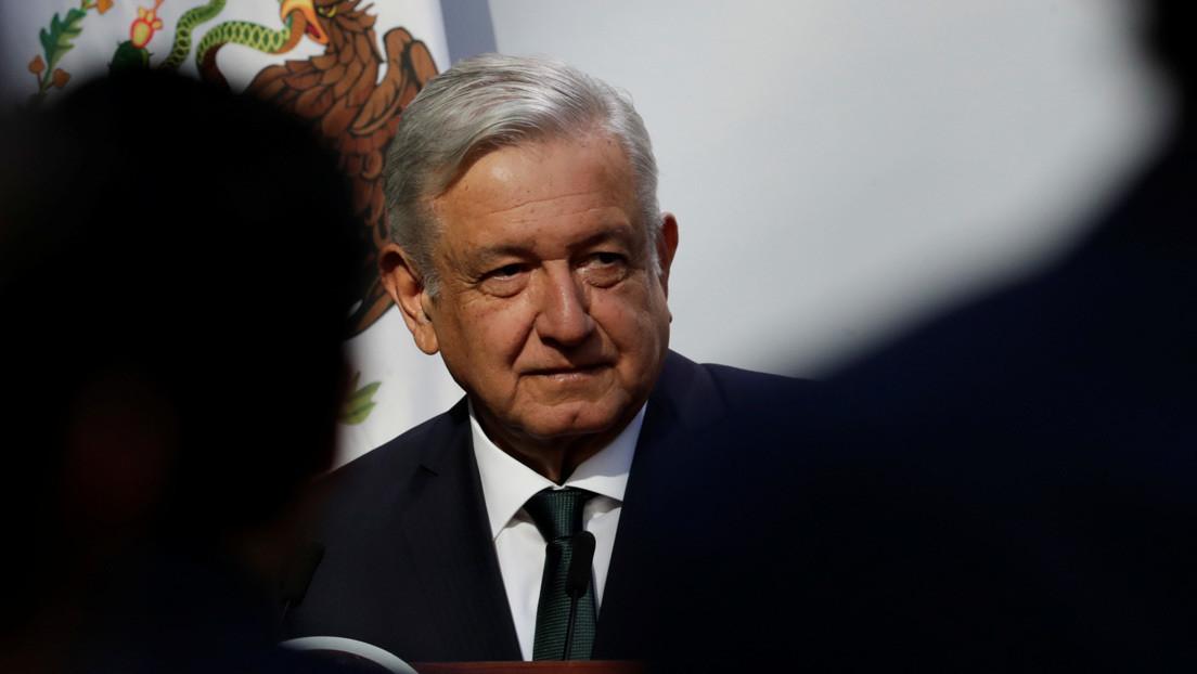 """López Obrador dice que """"hay indicios"""" de que la caravana de migrantes """"se armó"""" para influir en el debate electoral en EE.UU."""