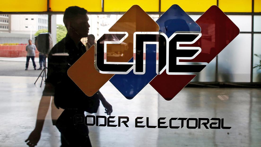 Oposición radical en Venezuela se divide entre la abstención o la prórroga electoral, mientras se mantiene el 6-D como fecha de las legislativas
