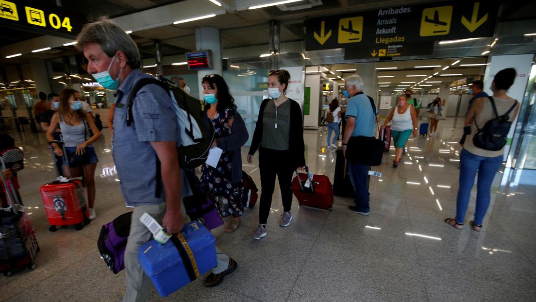 El turismo en España se contrae casi un 76 % en agosto por la pandemia del coronavirus
