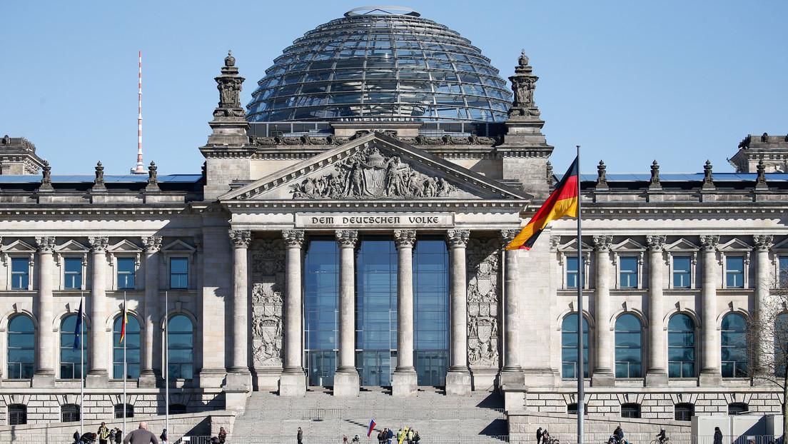 """Vicepresidente del Bundestag insta a prevenir la """"glaciación"""" de las relaciones entre Rusia y Alemania"""