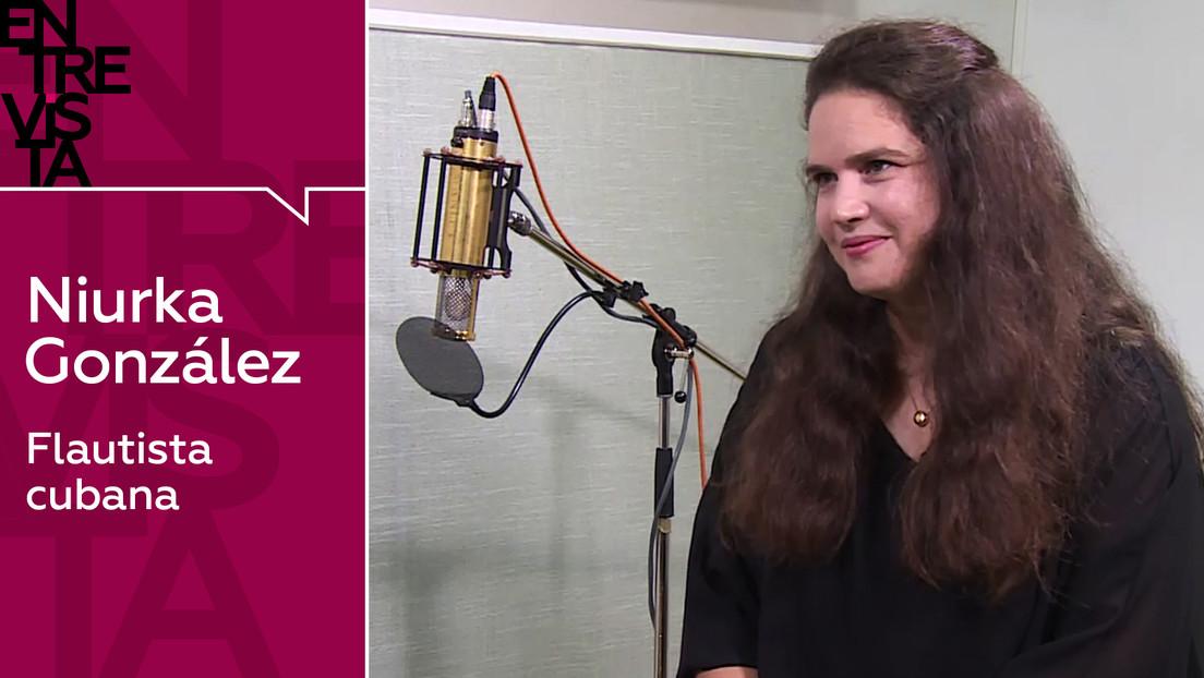"""Niurka González, flautista cubana: """"Para mí tiene la misma importancia tocar en un teatro que en los barrios o en las prisiones"""""""