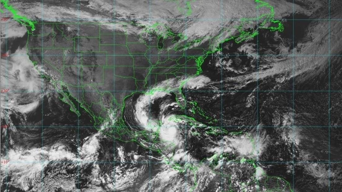El huracán Delta que se aproxima a la costa de México se mantiene en categoría 4, aunque bajó su intensidad de vientos