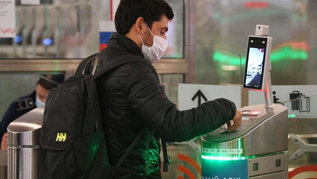 VIDEO: Escáneres que impiden entrar sin mascarilla o con alta temperatura
