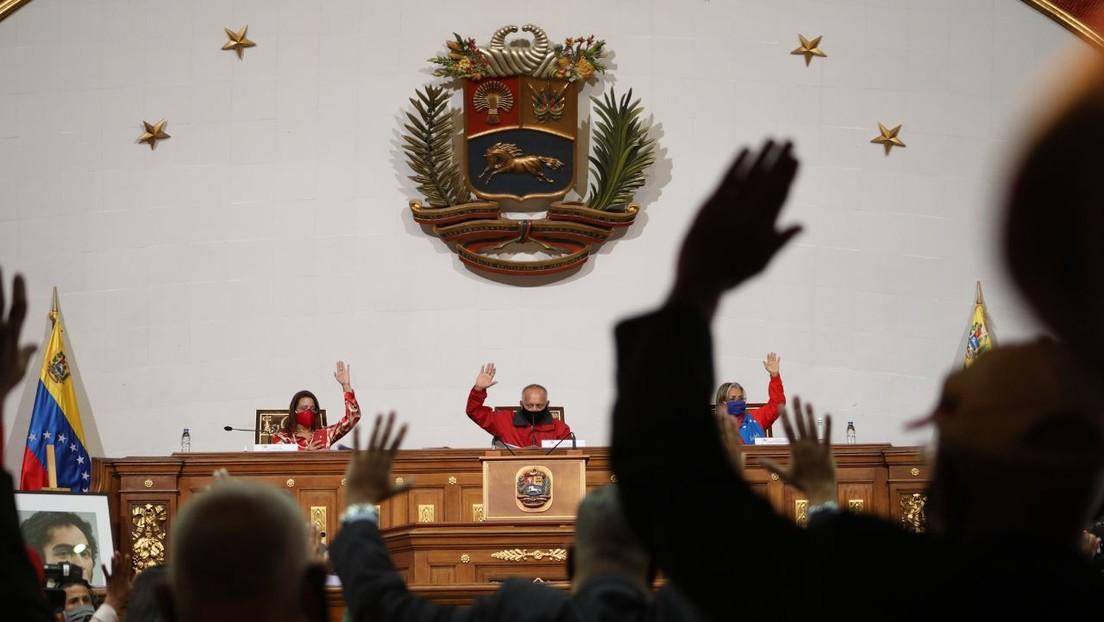 """Constituyente de Venezuela aprueba la Ley Antibloqueo para """"mitigar y reducir"""" el efecto de las sanciones en la economía"""