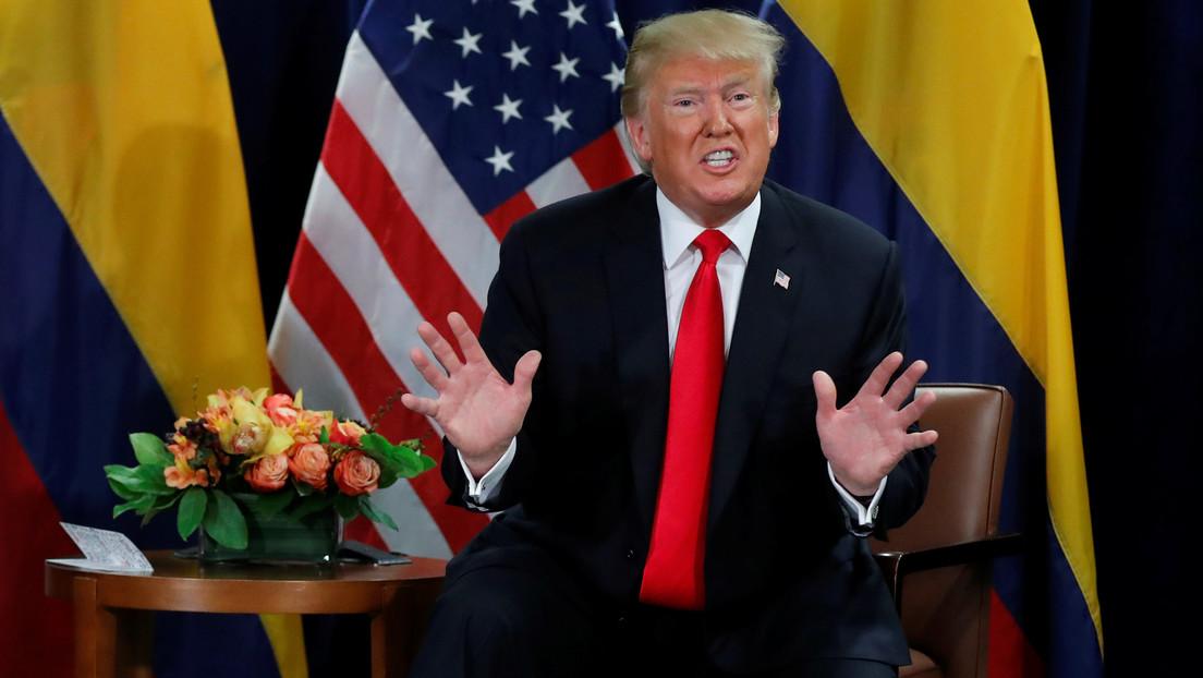 """Trump felicita al expresidente colombiano Álvaro Uribe por obtener la libertad inmediata y tacha a Biden de """"cachorro de los castro-chavistas"""""""