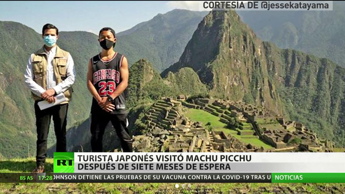 Turista japonés visita Machu Picchu después de siete meses de espera