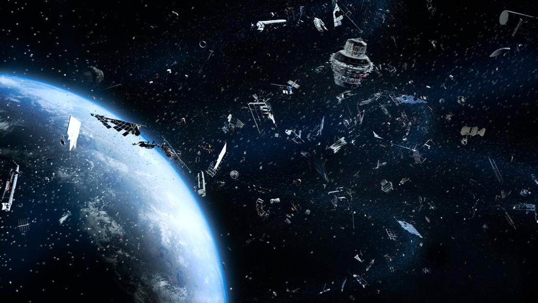 Advierten que la basura espacial se vuelve cada vez más peligrosa (y no por el riesgo de colisiones)