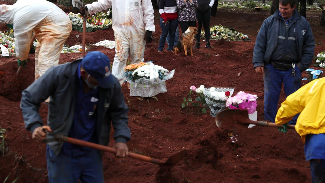Una funeraria intercambia por error los cuerpos de dos ancianas en Brasil y una de las familias entierra a la persona equivocada