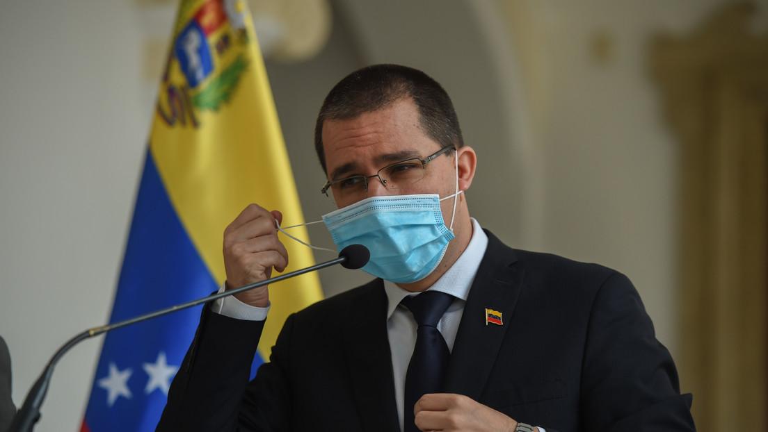 """""""¿Quién es Linas Linkevicius?"""": Arreaza ironiza ante la amenaza del canciller lituano de desconocer las elecciones en Venezuela"""