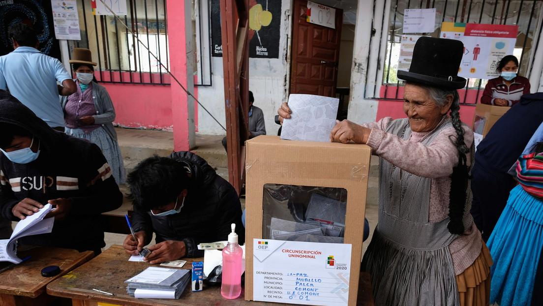 """""""Nunca se cayó el sistema"""": Tribunal Supremo Electoral de Bolivia confirma que el conteo de votos transcurre con normalidad y sin interrupciones"""