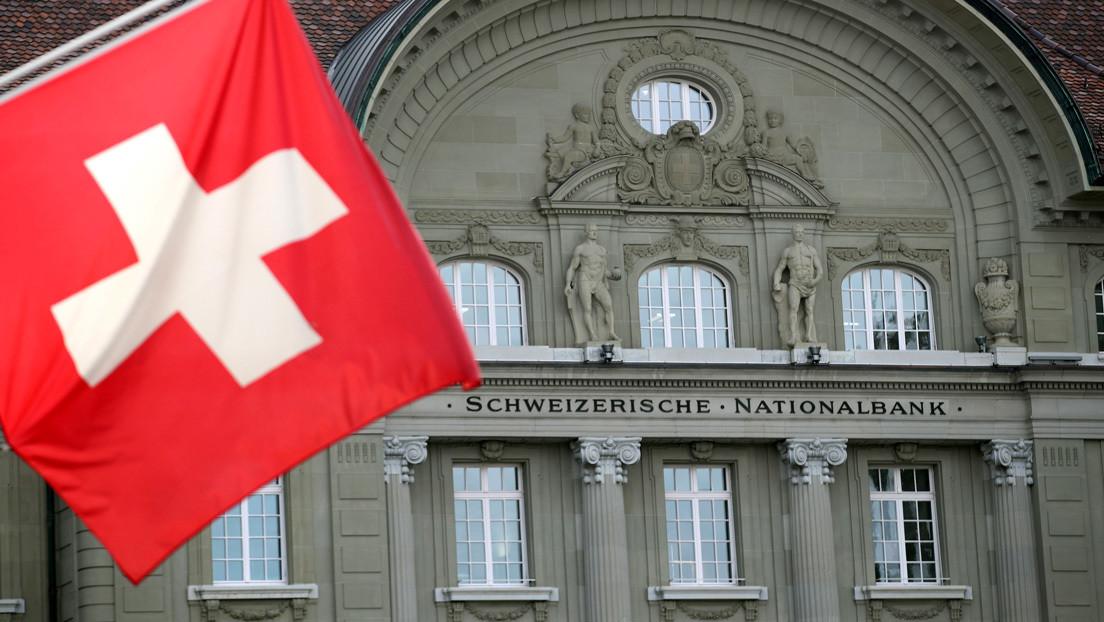 En Suiza proponen pagar más de 8.000 dólares a todos los ciudadanos