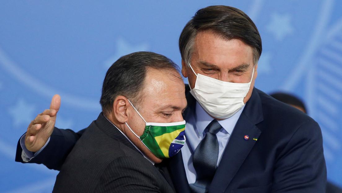 """""""El pueblo brasileño no será conejillo de indias de nadie"""": Bolsonaro desacredita a su ministro de Salud y dice que no comprará la vacuna china"""