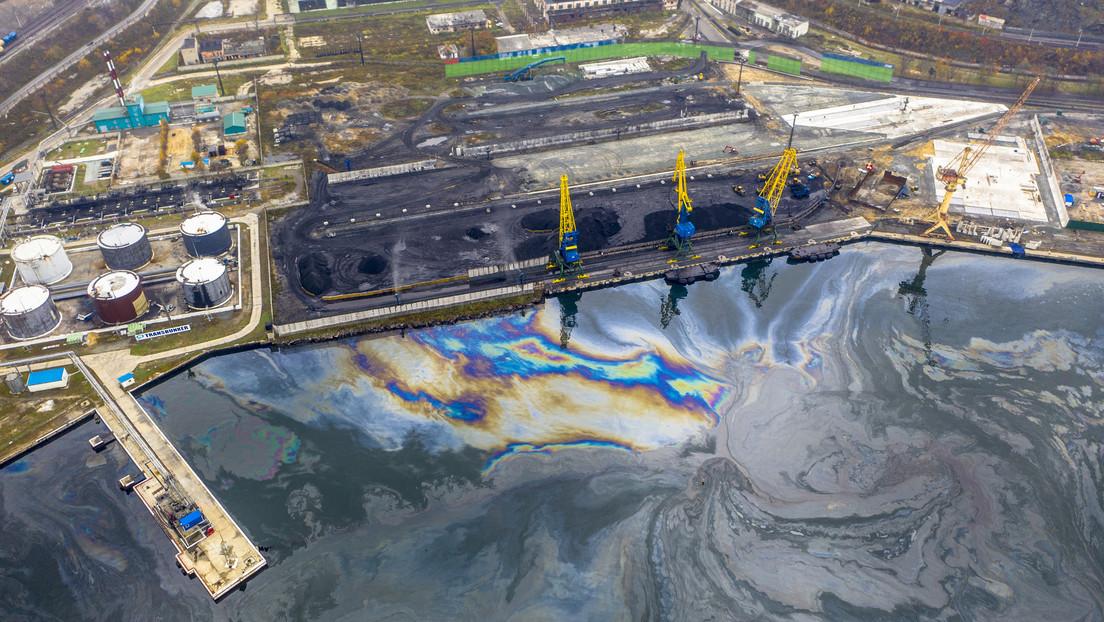 VIDEO: Detectan un derrame de derivados del petróleo en el Lejano Oriente de Rusia